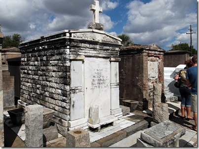 Saint Louis Cemetery No. 1 Tour